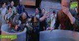 Hậu trường cảnh phim Trần Hiểu bị cha nhấn đầu xuống nước trong Năm ấy hoa nở trăng vừa tròn
