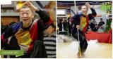 Dân mạng ngán ngẩm khi xấp xỉ tuổi 60 Lục Tiểu Linh Đồng vẫn múa gậy Như Ý kiếm tiền