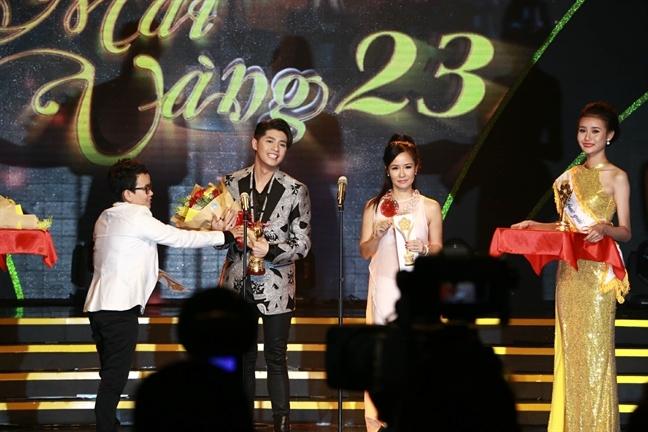 Noo Phước Thịnh đích thị là nghệ sĩ nhọ nhất cuối năm 2017