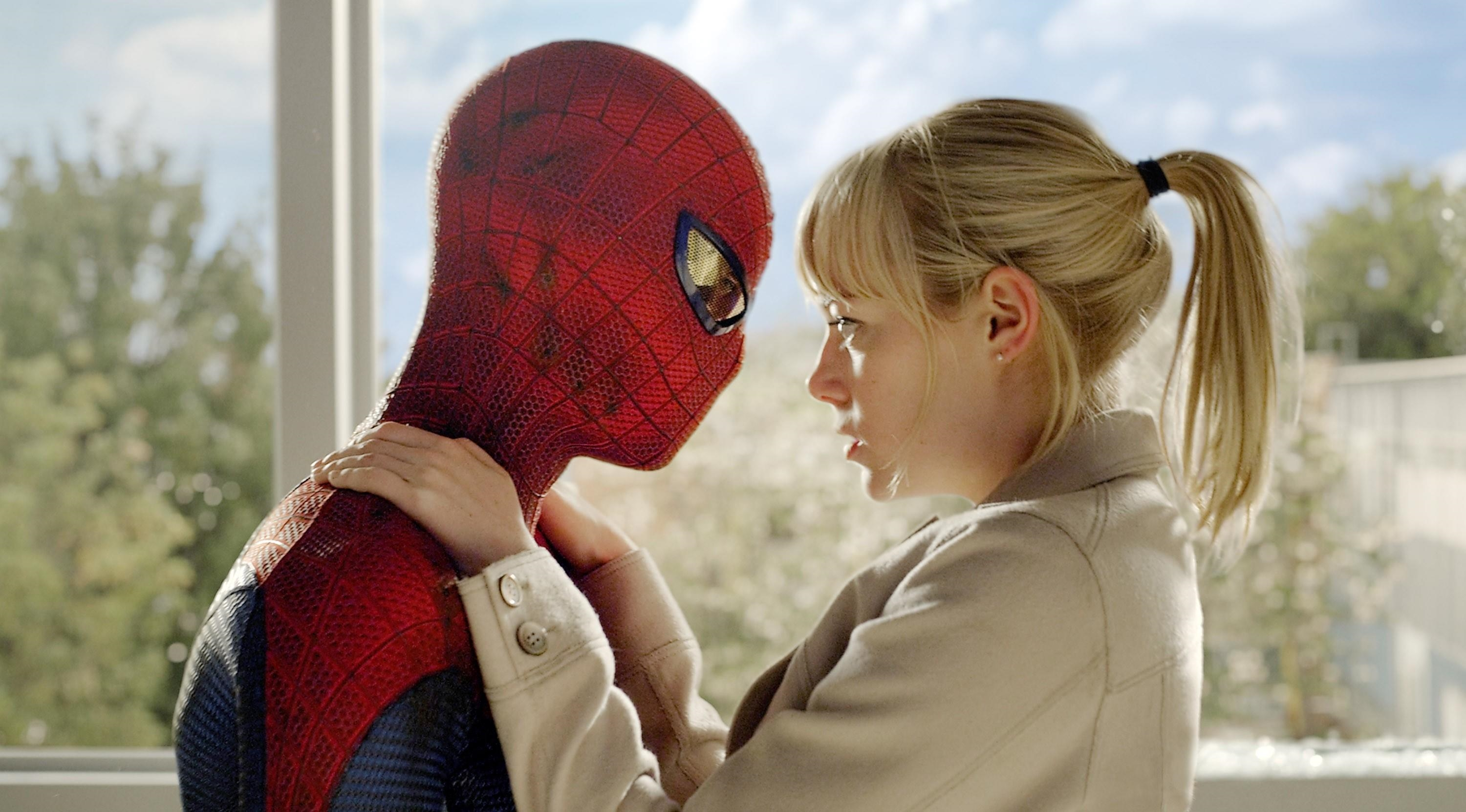 Peter Parker và Gwen Stacy (trong The Amazing Spider Man)
