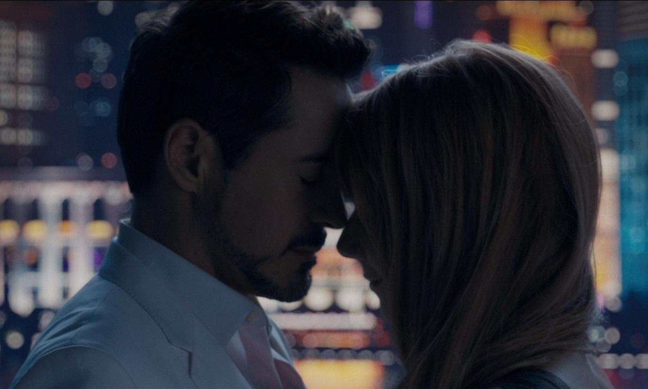 Tony Stark và Pepper Potts (trong Iron Man)