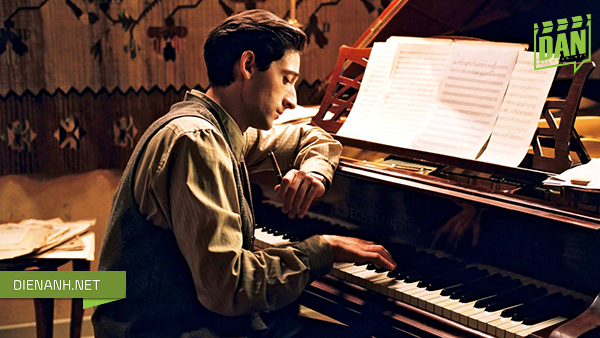 Adrien Brody – The Pianist