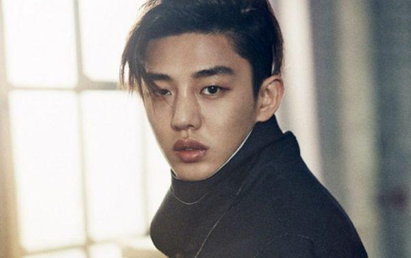5 diễn viên tài năng Hàn Quốc suýt đi theo con đường làm thần tượng