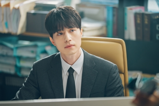 Lee Dong Wook nhận lời tham gia 'Touch Your Heart' vì Yoo In Na