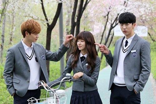 Những drama Hàn có chuyện tình tay ba làm fan bối rối nhất