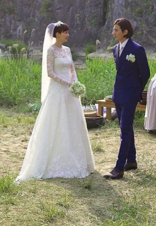 Won Bin - Lee Na Young lộ ảnh nhan sắc thuở hẹn hò khiến fan xuýt xoa