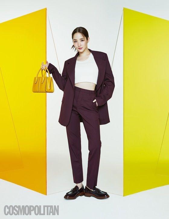Park Min Young vô cùng quyến rũ, tự tin bộ ảnh tạp chí mới