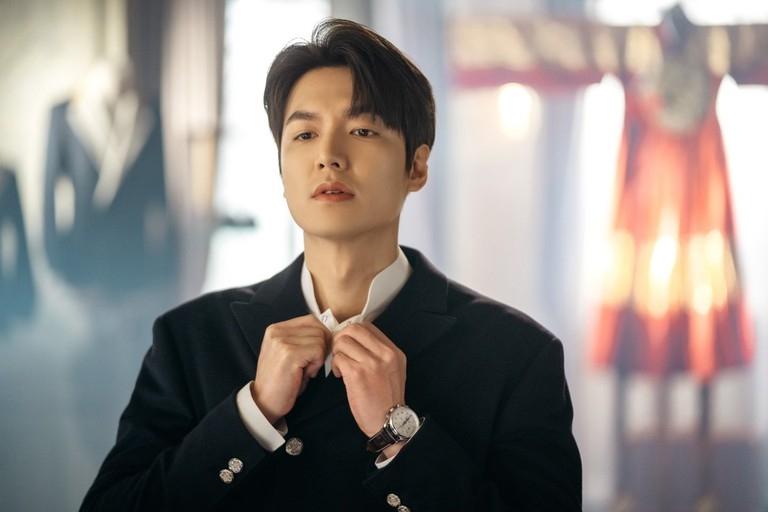 Lee Min Ho và loạt sao Hàn cùng hình tượng thân quen trên phim