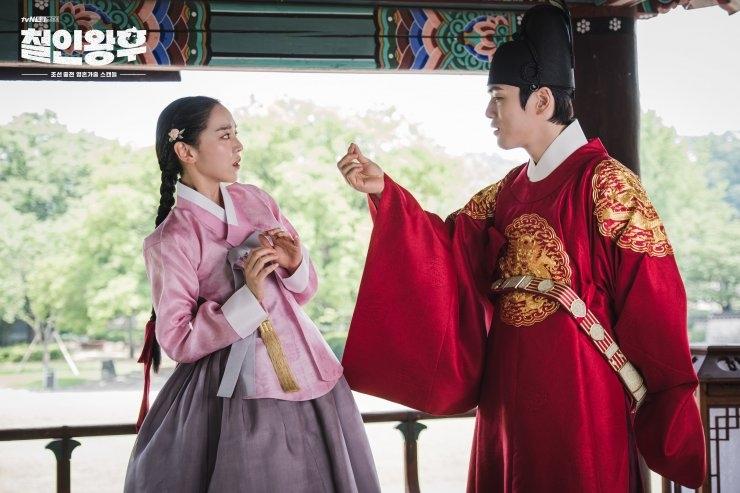 'Chàng Hậu' và những màn tráo đổi giới tính vui xỉu trên phim Hàn