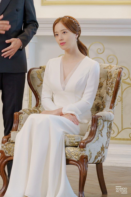 Kim Tae Hee và những cô dâu đẹp nhất trên màn ảnh Hàn năm 2020