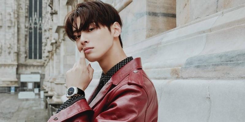 Không hổ danh là mỹ nam thế hệ mới, Cha Eun Woo diện kiểu gì cũng đẹp