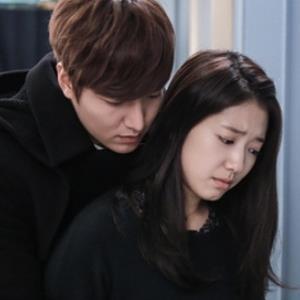Hương Vị Tình Thân: Long nên học hỏi diễn viên Hàn Quốc cách ôm đỡ thô