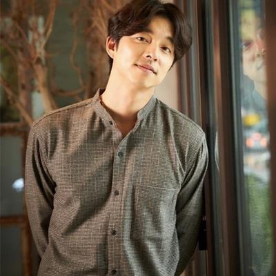 """Gong Yoo và loạt nam diễn viên """"mắt một mí"""" đốn tim khán giả"""