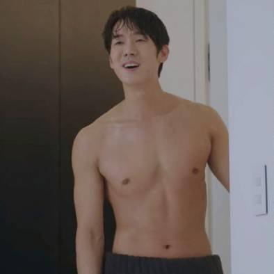 8 sao nam Hàn được huấn luyện viên bình chọn có hình thể đẹp nhất