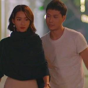 11 Tháng 5 Ngày và loạt phim có khoảnh khắc lãng mạn hơn cả cảnh hôn